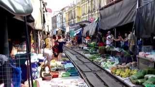 Samut Songkhram Thailand  city images : Maeklong railway market, Samut Songkhram, Thailand
