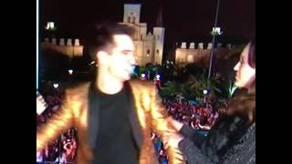 Brendon & Sarah's New Year's Eve 2017 kiss