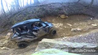 8. Can am Commander Max lifted rock crawling at Windrock park