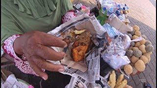 Video Indonesia Madura Street Food 2876 Part.1 Nasi Bungkus Kue Pelabuhan Kamal YDXJ0226 MP3, 3GP, MP4, WEBM, AVI, FLV Desember 2018