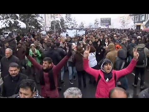 Ο Ερντογάν αναλαμβάνει δέσμευση να «καθαρίσει» τη χώρα από τους μαχητές του PKK