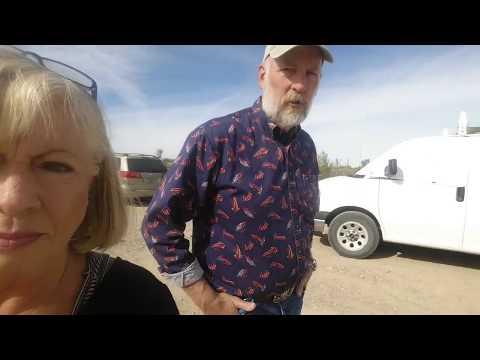 Ron's 2013 GMC van tour - Full time van life (видео)
