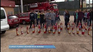 Adolescentes de Lençóis Paulista participam de curso de bombeiro mirim