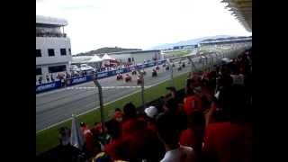 Moto GP Starting Race terakhir marco simoncelli di Sircuit Sepang Malaysia...!!!