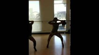 Angela Simmons Dances to Ciara's Ride - YouTube