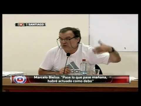 Gana Segovia Presidencia del futbol chileno; y Bielsa se  se va de Chile.