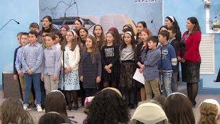 Grupa de copii – De la pamant la cer este o scara