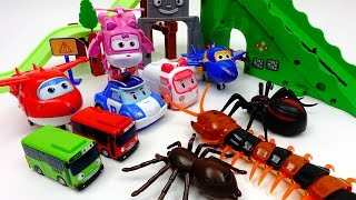Video Go Super-Wings Robocar Poli, Defeat Monster Spider and Giant Centipede~! MP3, 3GP, MP4, WEBM, AVI, FLV Juli 2018