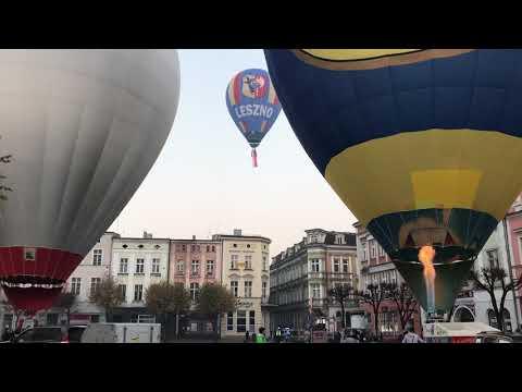 Wideo1: Baloniarze dla Niepodległej. Start z Rynku