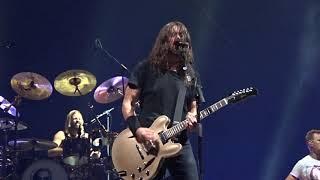 "Foo Fighters – ""Everlong"" – Milwaukee, 10-17-18"