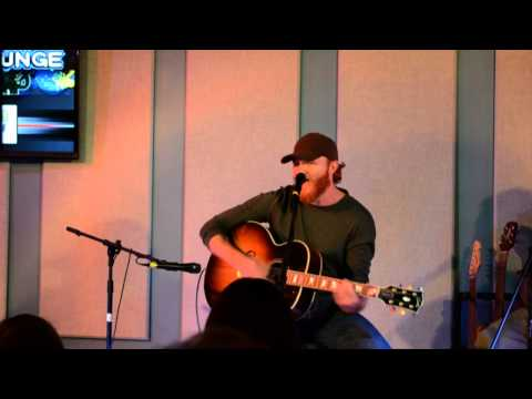 Eric Paslay sings 'Friday Night'