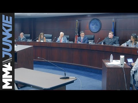 Mayweather vs  McGregor fight approved for eight-ounce gloves by Nevada State Athletic Commission (видео)