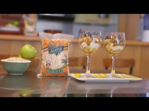 Video - Cómo preparar Parfait con barra de granola Avena Riquita