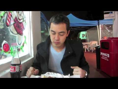 Hot - Pink's Hot Dogs Hollywood CA- BenjiManTV Subscribe 4 Food- http://www.youtube.com/benjimantvLove Food, Follow Me- http://www.facebook.com/BenjiManTV Pink's H...