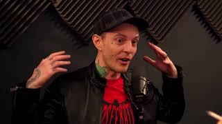 Video Deadmau5 Catches Fan Flying Drone Over His House MP3, 3GP, MP4, WEBM, AVI, FLV Agustus 2018