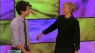 Nick Jonas on Ellen Degeneres : 10/30/08