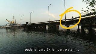 Download Video Dilarang memancing di sekitar pelabuhan Tanjung Mas Semarang MP3 3GP MP4