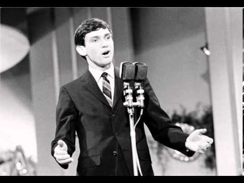 Tekst piosenki Gene Pitney - Only Love Can Break A Heart po polsku