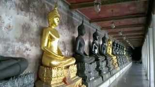 バンコク市内観光ワットスタット