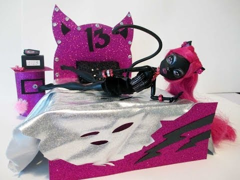 Faire la chambre de caty noir blogue de i love you love - Comment faire un lit pour monster high ...