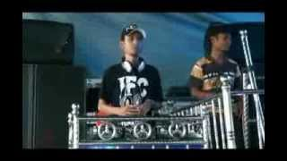 Download Video Mix Bunga Edelweis Deejay Whe_djaya MP3 3GP MP4