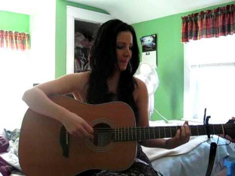 Sarah Hanafin singing a cover of