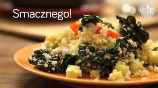 Sałatka z jarmużem, awokado i komosą ryżową
