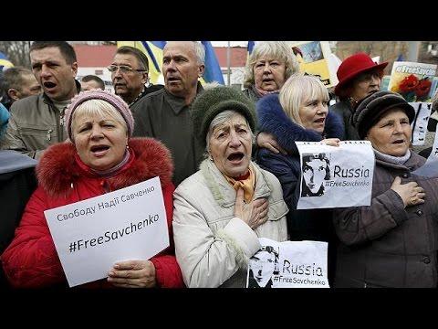 Παγκόσμια κινητοποίηση για την απελευθέρωση της Ουκρανής πιλότου από την Ρωσία