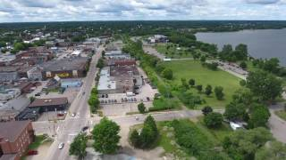 Pembroke (ON) Canada  city photos gallery : Flight over Pembroke, Ontario