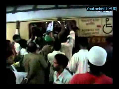 印度人根本每個都功夫超強!光看他們坐火車就知道有多厲害!
