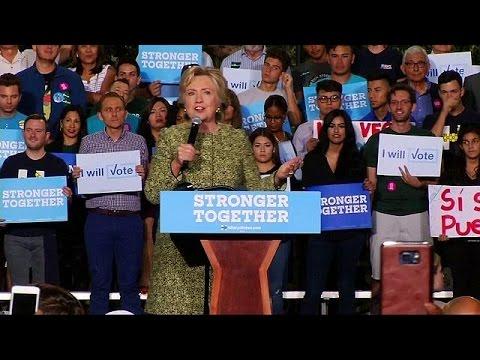 Χ. Κλίντον: «Ο Τραμπ προσβάλει εξίσου τους πάντες»