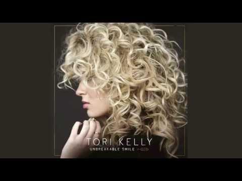 Tekst piosenki Tori Kelly - City Dove po polsku