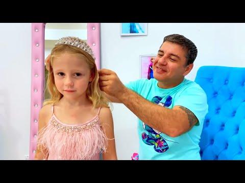 Nastya cambiando su vestidos divertidos