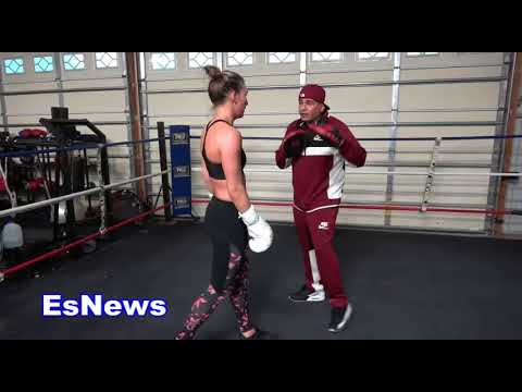 Mikaela Mayer Working At RGBA EsNews Boxing