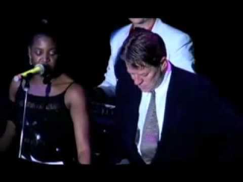 (Robert Palmer) Simply Irresistible - dNessa BGV видео
