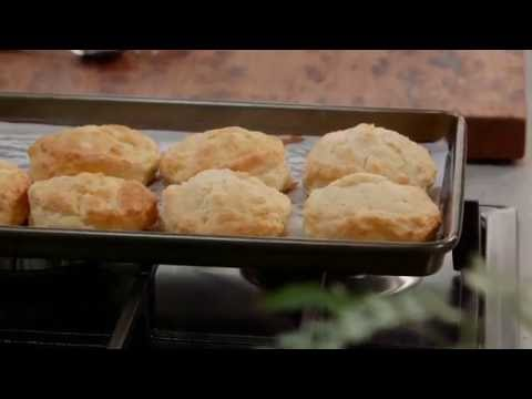 Sour Cream Scones – Bulla – Fast Fact | Everyday Gourmet S6 E86