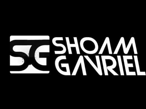 ShoamGavriel - Join Our Facebook Group: http://www.facebook.com/pages/Shoam-Gavriel-Official-Fans-Group/120150958013535 אז הנה זה הגיע, לאחר ציפיה והמתנה רבה, הרמיקס שלנו ל...