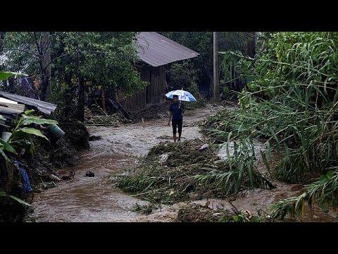 Μεξικό: «Σαρώνει» η τροπική καταιγίδα Έρλ – 40 νεκροί
