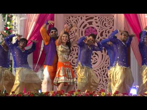 Abhi Pragya Celebrates Holi | HOLI Special Dance P