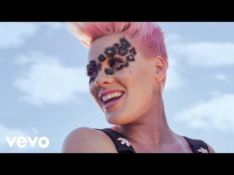 P!nk Blow Me (One Last Kiss) (Color Version)