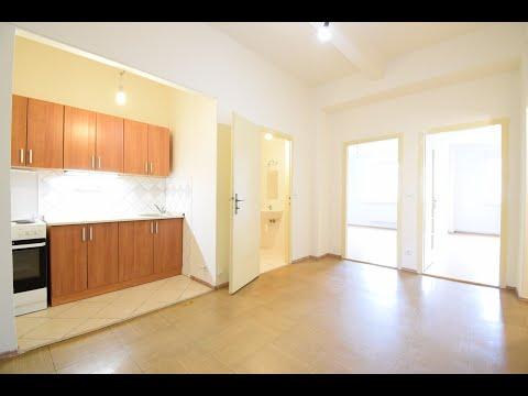 Video Dlouhodobý pronájem velkého bytu 4+kk, obývací pokoj v hale a tři neprůchozí pokoje, metro Vyšehrad