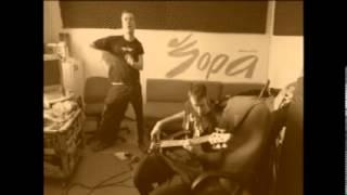 Video Zylwar - Barevný brýle