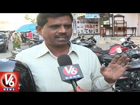 Roadside-Parking-People-Facing-Problems-With-Traffic-Jams-Hyderabad-V6-News