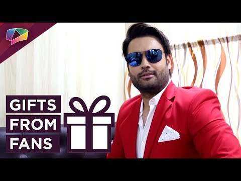 Vivian Dsena Receives Gifts From His Fans