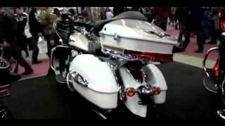 6. 2013 Kawasaki Vulcan 1700 Voyager ABS