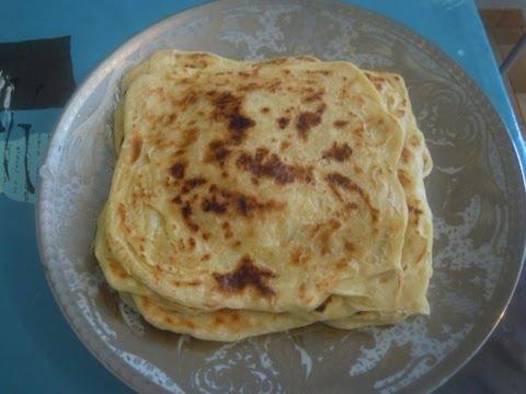 crêpe marocaine - abonnez vous !! suivez mes recettes sur recettedansmacuisine.blogspot.com recette du msemen cette crêpe feuilletée marocaine est délicieuse accompagnée de th...