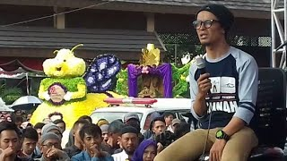 Video Keren Abis Ceramah Gaul Ustad Evie Efendie - Unique lecturer in metal shirts MP3, 3GP, MP4, WEBM, AVI, FLV April 2019