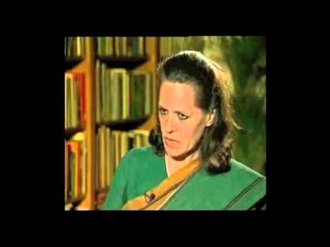 Sonia Gandhi - Old and rare Interview (1999) of Sonia Gandhi by Rajeev Shukla (when he was a journalist) on Ru Ba Ru Disclaimer: I do not own this video, I found it on the ...