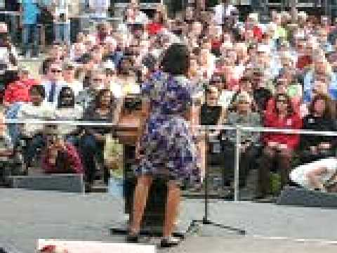 Michelle Obama Flashes The Crowd-