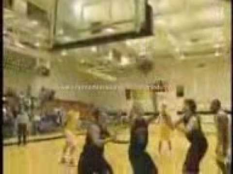 Amazing basketball shot ( www.Aku-Sempoi.blogspot.com )